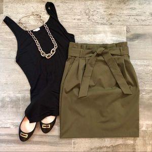 H&M Belted Paperbag Skirt w/ Pockets Olive Green